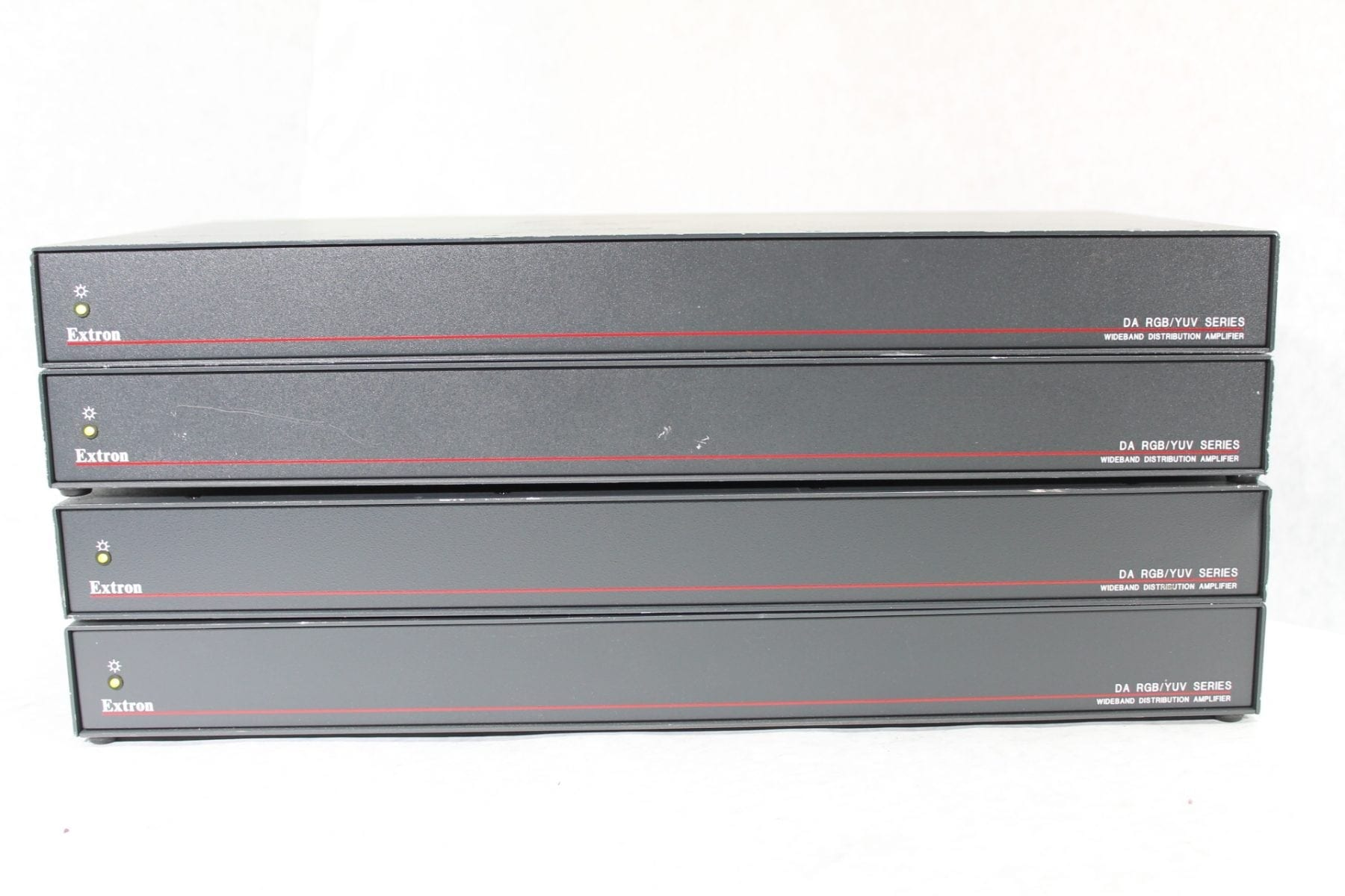 Extron DA RGB/YUV Series 1X6 Wideband Distribution Amplifier DA6 RGBHV 4 Pc Lot Front