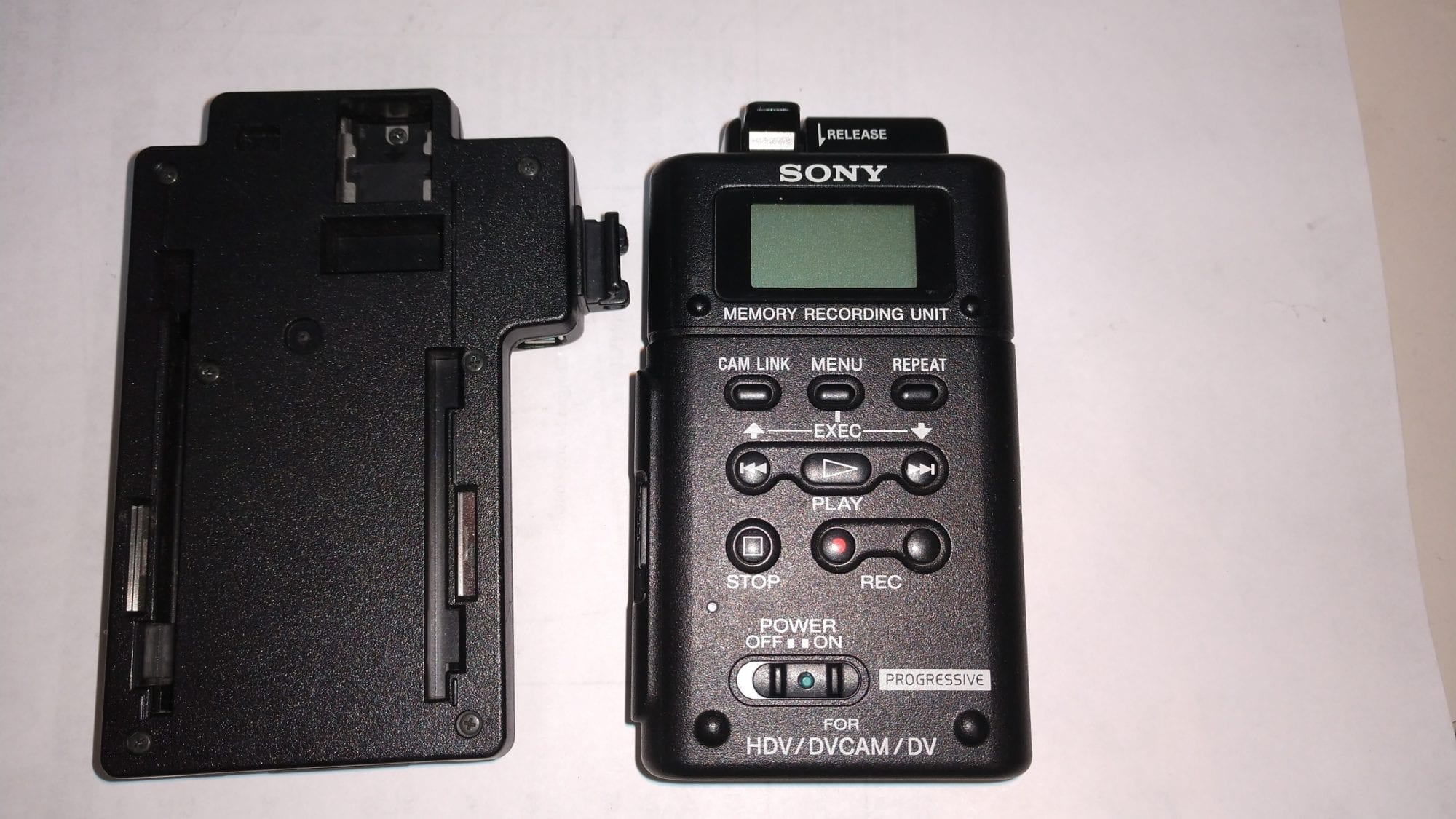 SONY HVR-MRC1 Memory Recording Unit w/HVRA-CR1 Cradle Front