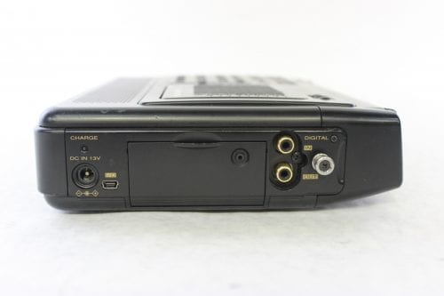Marantz PMD670 Solid-State Recorder Side3