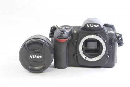 Nikon D200 10.2MP Digital Camera Kit Lens
