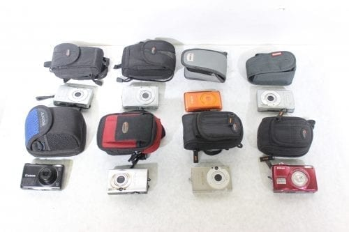 Canon Nikon Lot of 8 Point & Shoot Cameras w/ Carrying Cases Bulk2