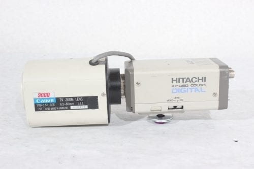 Hitachi KP-D50 Color Digital Camera + Canon 3CCD TV Zoom Lens 6.5~65mm 1:2.2 (For Parts Only) - Side 1
