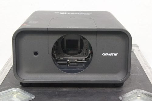 Christie LX700 LCD XGA Digital Projector w/ Road Case + Lens 1664 Lamp Hrs Front1