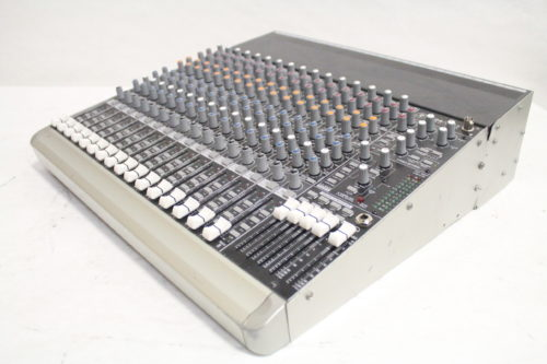 Mackie 1604-VLZ3 16-Channel Compact Mixer Side4