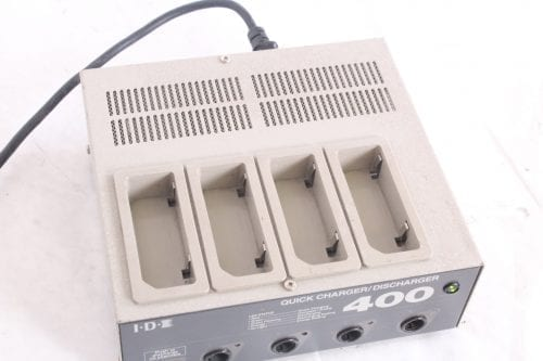 IDX- i400 4 Channel Battery Charger/Discharger - Charging Ports