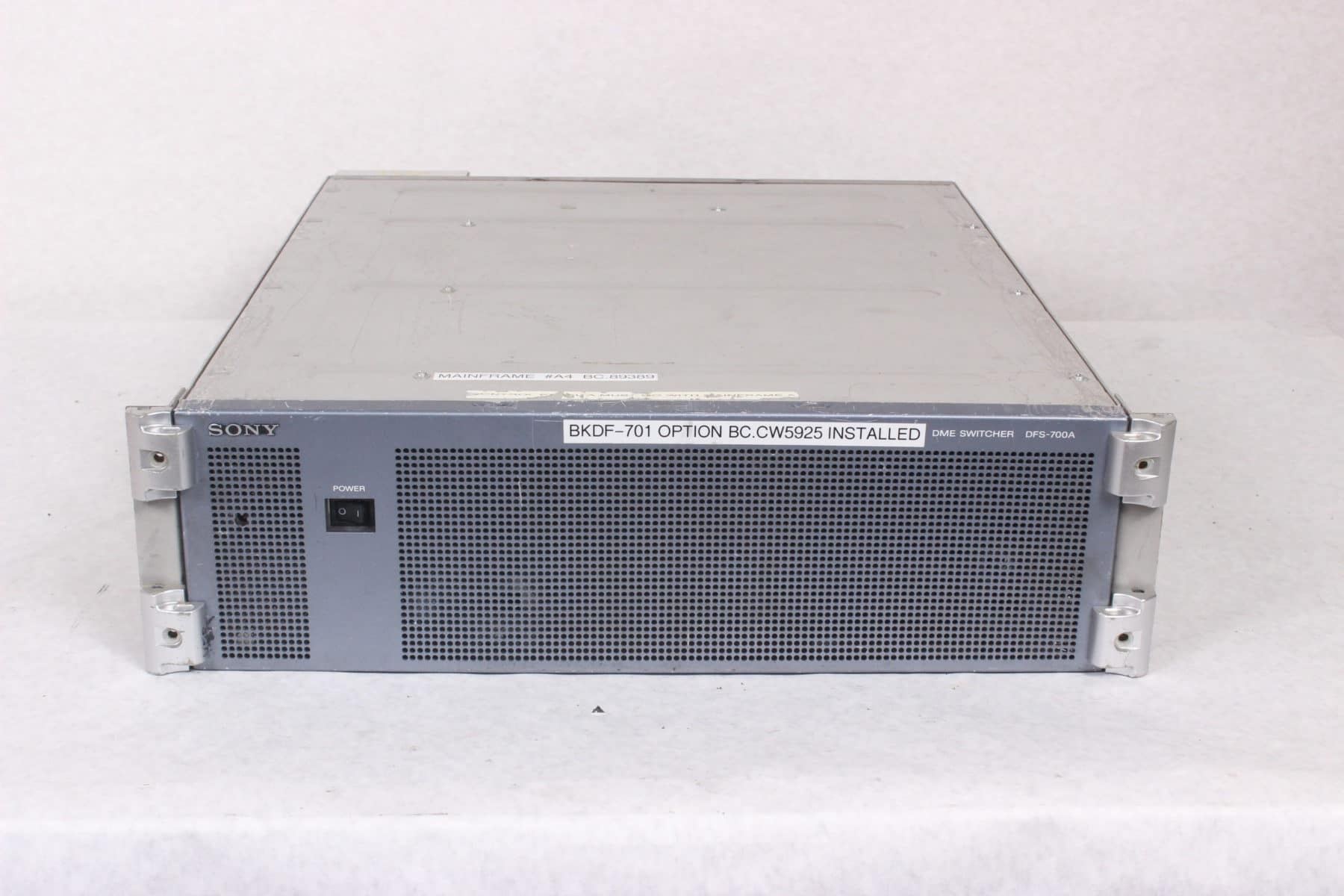 Sony DFS-700A Video Switcher (Parts Only)