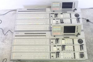 Sony DVS-7000 Digital Production Switcher(Pair)Top3