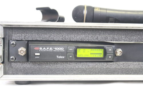 Telex S.A.F.E. 1000 - Encrypted UHF Handheld Microphone System with ND/767 Microphone (Band G) incase4