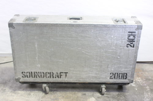 Vintage Soundcraft 200B 24-Channel 4 Bus Analog Mixing Console w/ Road Case1