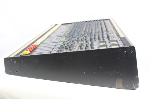 Vintage Soundcraft 200B 24-Channel 4 Bus Analog Mixing Console w/ Road Case Side2