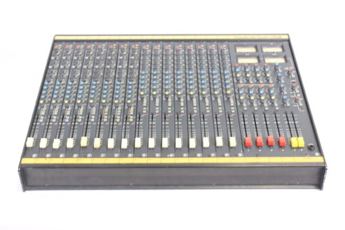 Vintage Soundcraft 200B 16-Channel 4 Bus Analog Mixing Console w/ Road Case Main