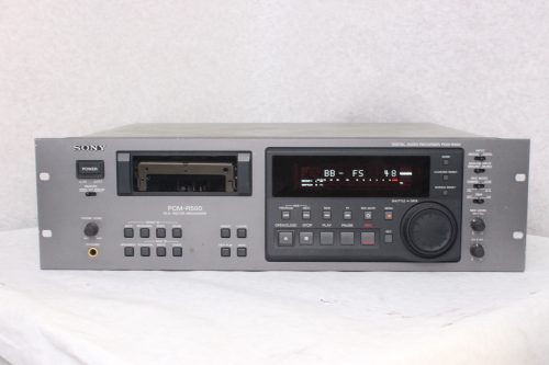 Sony PCM-R500 DAT Audio Recorder/Player Main