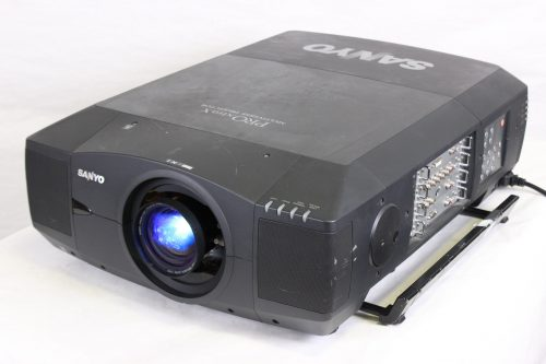 Sanyo PLC-XF46N Multimedia Projector w/ Lens & Road Case - 729 LAMP HOURS - FRONT2