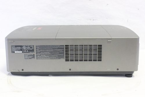 eiki-lc-wgc500-5k-lumens-projector-with-road-case side1