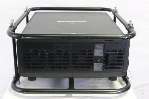 panasonic-20k-pt-dz21k2-projector-with-cage-in-wheeled-road-case SIDE2