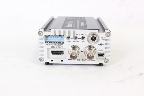 datavideo-dac-70-ultra-wide-range-scaler-with-hard-case front