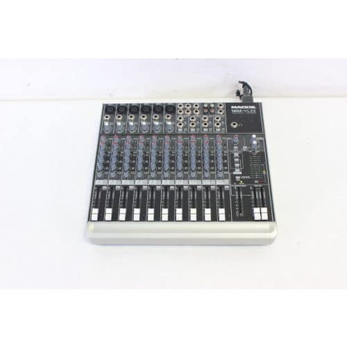 mackie-1402-vlz3-mixer-with-soft-case top2