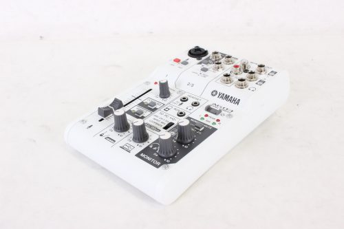 yamaha-ag03-3-channel-mixer-and-usb-audio-interface side2