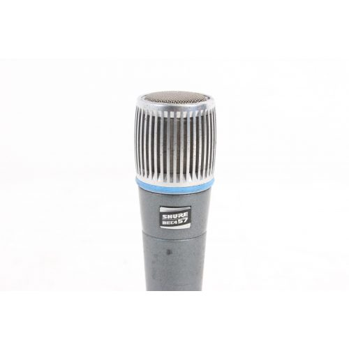 Shure Beta 57 Supercardioid Dynamic Microphone in Pouch C1122-659 top