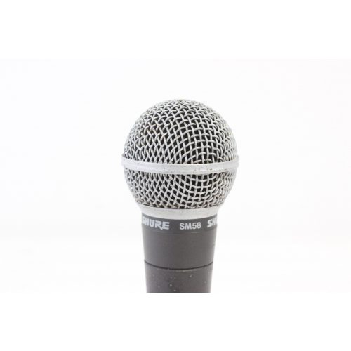 Shure SM58 Dynamic Microphone in Pouch C1122-671 TOP