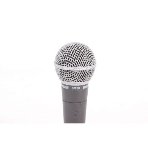 Shure SM58 Dynamic Microphone in Pouch C1122-674 TOP