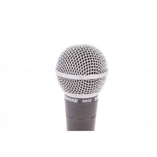 Shure SM58 Dynamic Microphone in Pouch C1122-675 TOP