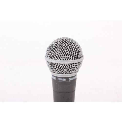 Shure SM58 Dynamic Microphone in Pouch C1122-676 TOP