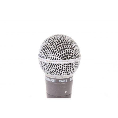 Shure SM58 Dynamic Microphone in Pouch C1122-677 TOP