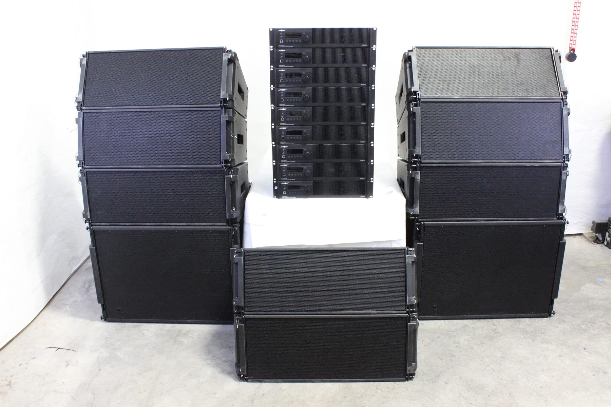 bose-deltaq-showmatch-array-system-w-powermatch-amps-4-sm10-4-sm20-2-sms118-7-pm8500n-2-pm8250n MAIN
