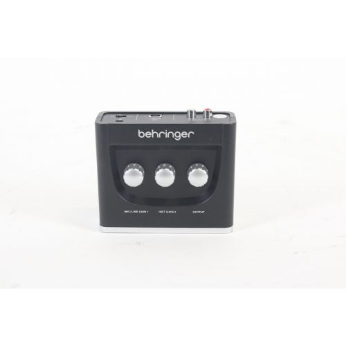 behringer-u-phoria-um2-audiophile-2x2-usb-audio-interface-with-xenyx-mic-preamplifier TOP