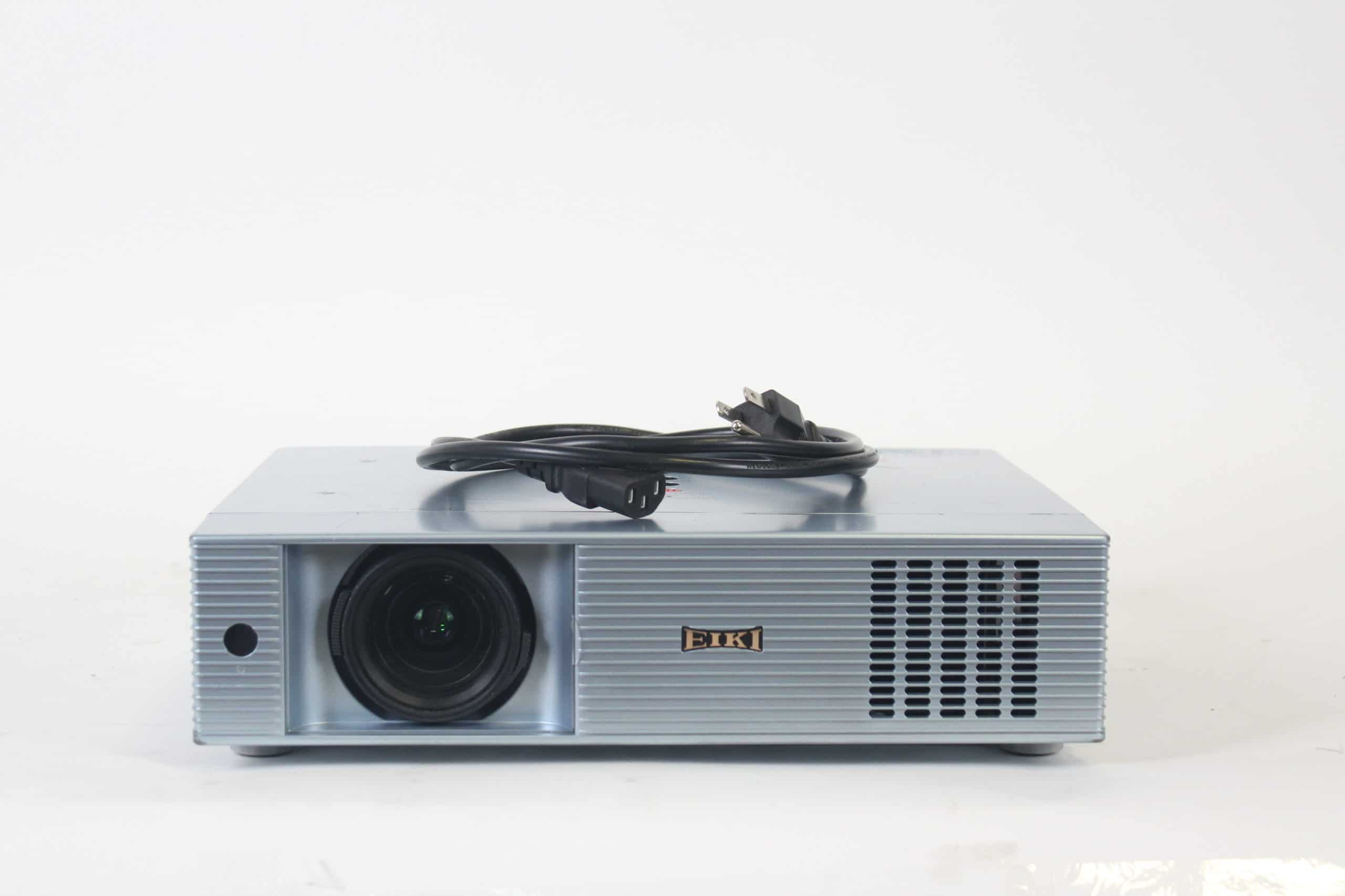 eiki-lc-xb43-xga-4500-lumen-3lcd-conference-room-projector-w-soft-case-1739-op-hours MAIN